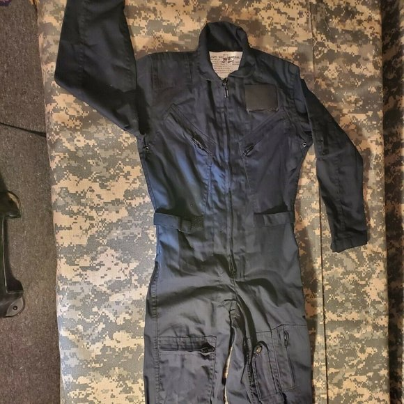 ROTHCO YOUTH SZ 8 FLIGHT SUIT COVERALLS 21AA342